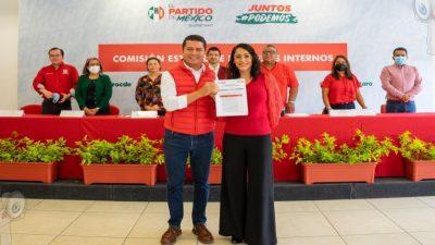 Se registra Abigail Arredondo para dirigencia estatal del PRI