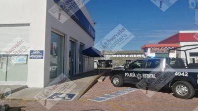 Roban a mano armada tienda telcel en San Juan del Río