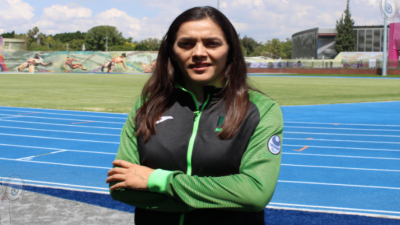 Triple medallista olímpica visita Querétaro